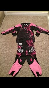 Selling these girls size 10 Fox Racing gear! $150 OBO