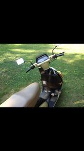 Yamaha Riva XC180 scooter automatic and electric start