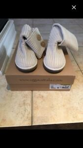 Ugg cardy classic cream boots knit size 7