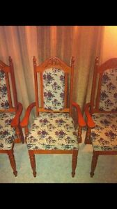 REDUCED!!!! Solid Oak Dining set w/Hutch  London Ontario image 2