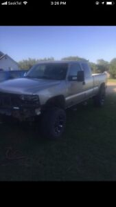 2001 Chevy 2500hd parts truck