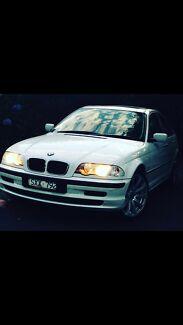 BMW 318i Executive E46