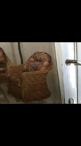 WANTED WICKER CANE DINING SUITE Waterford Logan Area Preview