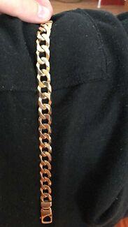 10ct Gold bracelet