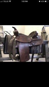 Western leather pleasure saddle
