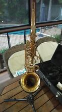 Saxophone, stand and sheet music stand Kallangur Pine Rivers Area Preview