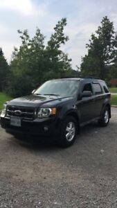 2009 Ford Escape V6 4wd - tow package