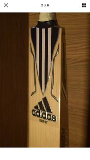 Adidas elite players cricket bat