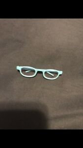 American girl doll - blue framed glasses