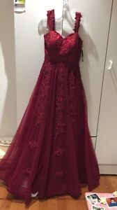 Porta and Scarlett fairytale gown size M Jacana Hume Area Preview