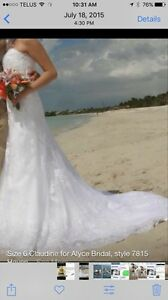 Size 7- Claudine for Alyce Bridal - Style 7815 Haven