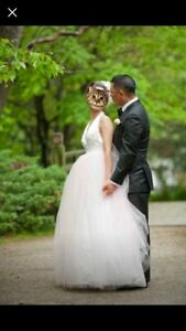 Beautiful custom wedding dress size 0-2