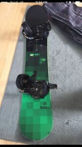Snowboard boots size 11 and bindings and bag