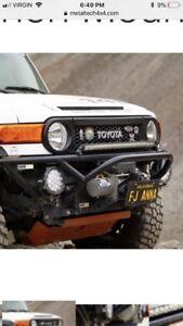 Toyota FJ Cruiser metal tech tube bumper