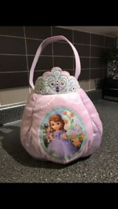 EUC Sofia The First Trick Or Treat Basket