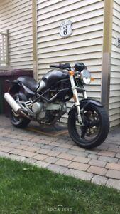 Ducati 620 dark edition 2002