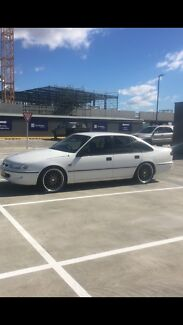 Holden commodore vs series 2 executive 5L 5 speed