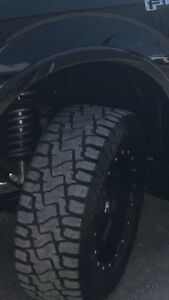 33x12.5R18 HD878 Rugged Terrian
