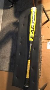 Easton XL2 Bat