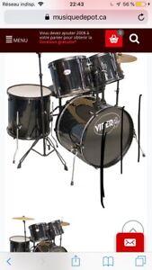 Drums 500$