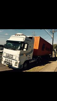 Truck and Skel Trailer  RETRACTABLE SKEL TRAILER FOR SALE Yagoona Bankstown Area Preview