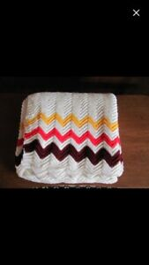 Vintage 1980's Throw Blanket
