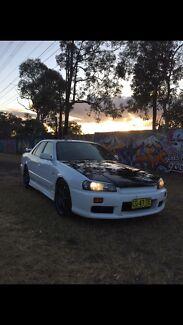 R34 skyline , turbo