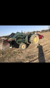 John Deere 2120 diesel loader tractor