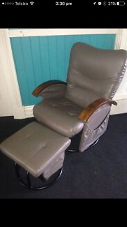 Royale Noosa Nursing Chair with Ottoman