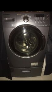 Samsung - Washer & Dryer With Stands