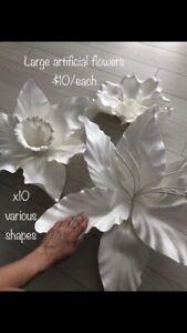 Various wedding decor flowers