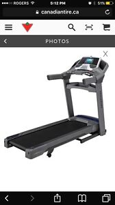 SELLING TREADMILL ALMOST BRAND NEW