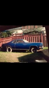 1971 Plymouth Duster 340 4 speed B5. Do you know that car ?