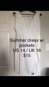 Summer dress with pockets *price reduced for quick pick up