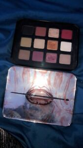 MAKEUP FOREVER eyeshadow -USED ONCE