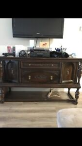 Table/Chairs, Hutch, Buffet