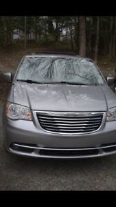 Chrysler town and country 2015