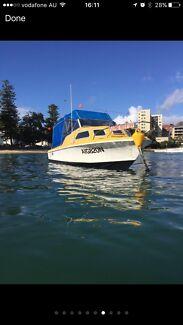Haines Hunter V17C half cabin boat with Johnson 140 4 stroke