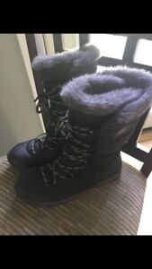 Sorel Whitney Lace Boots (Tall)- Size 10