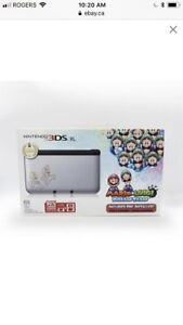 Nintendo 3DS XL Luigi edition new with game