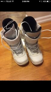 RIDE Women's Size 8 Snowboard Boots