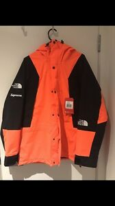 Supreme north face Newtown Geelong City Preview