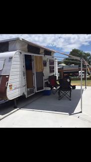 Double bunk Caravan (urgent sale) Bonnells Bay Lake Macquarie Area Preview