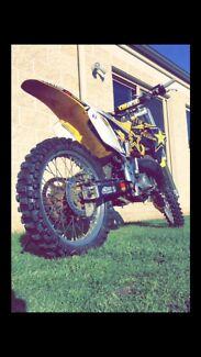 Suzuki rm125 2 stroke
