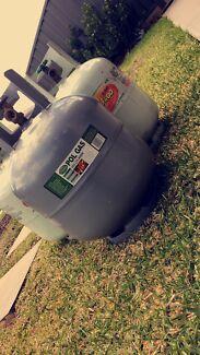 3 9kg gas bottles