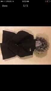 North face winter coat - . xsmall girls (4-5)