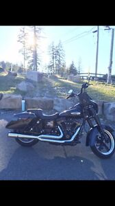 Harley Davidson switchback Vance and Hines pro pipe