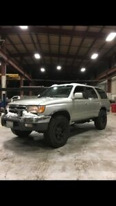 1999 4RUNNER HIGH KM- GREAT FIX UP TRUCK
