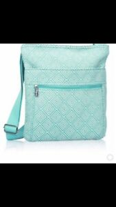 Thirty One Gifts cross shoulder bag