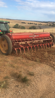 Massey Ferguson Combine seeder Gawler Gawler Area Preview
